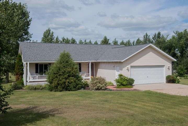15770 RIDGEVIEW Lane W, Detroit Lakes, MN 56501