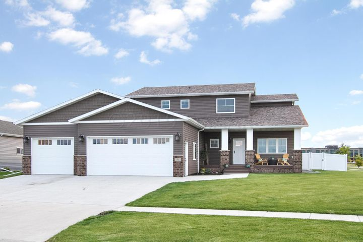 3315 55 Street S, Fargo, ND 58104
