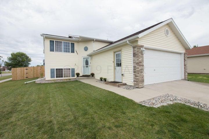 1868 13 Street E, West Fargo, ND 58078