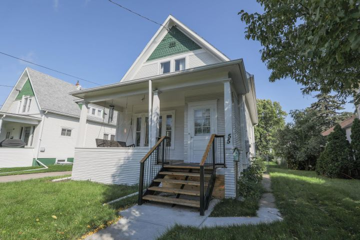 55 6 Avenue N, Fargo, ND 58102