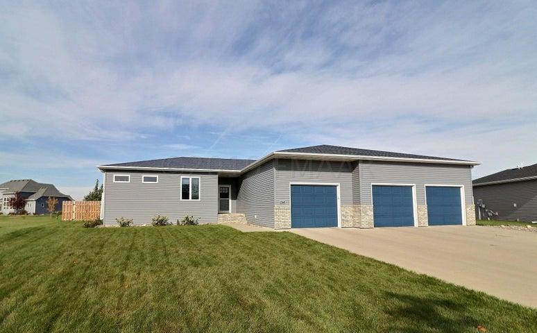 4871 ABBY Way, Moorhead, MN 56560