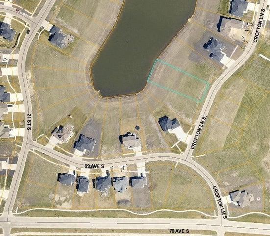 6843 CROFTON Lane S, Fargo, ND 58104