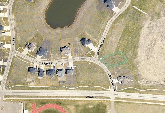 6918 CROFTON Lane S, Fargo, ND 58104