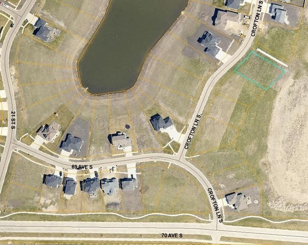 6800 CROFTON Lane S, Fargo, ND 58104
