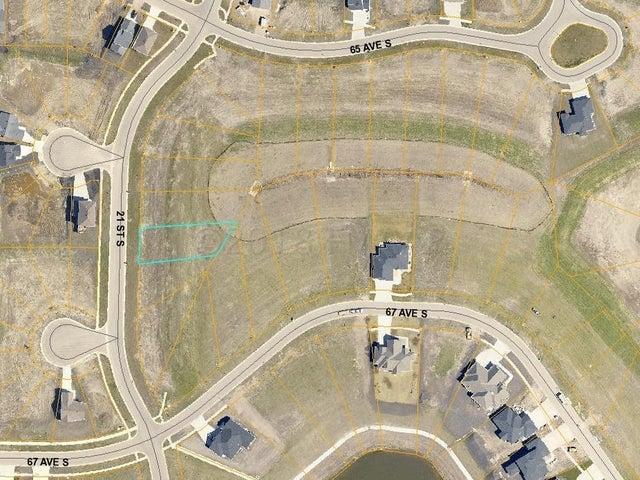 6606 21 Street S, Fargo, ND 58104