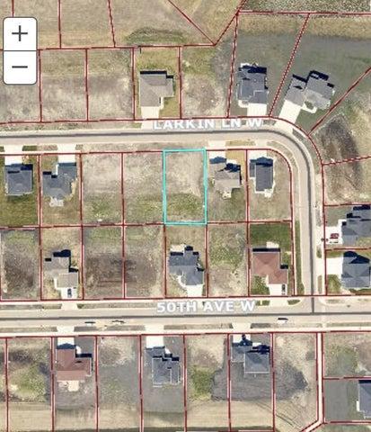 1049 LARKIN Lane W, West Fargo, ND 58078
