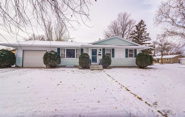 902 2 Street E, West Fargo, ND 58078