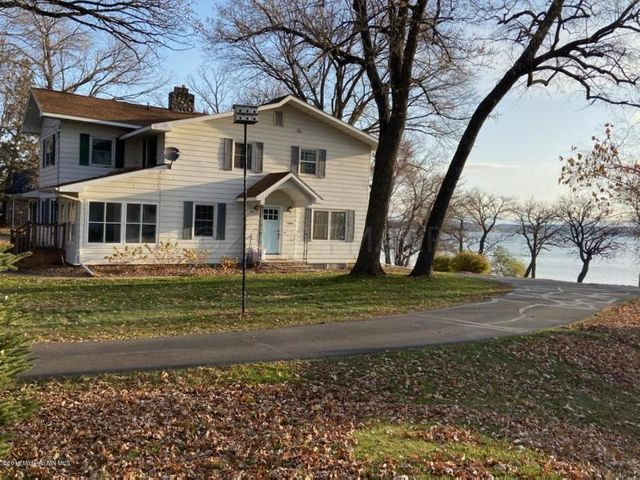 1106 WEST LAKE Drive, Detroit Lakes, MN 56501