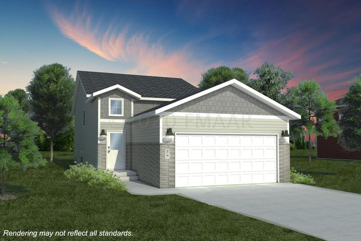 1554 66 Avenue S, Fargo, ND 58104