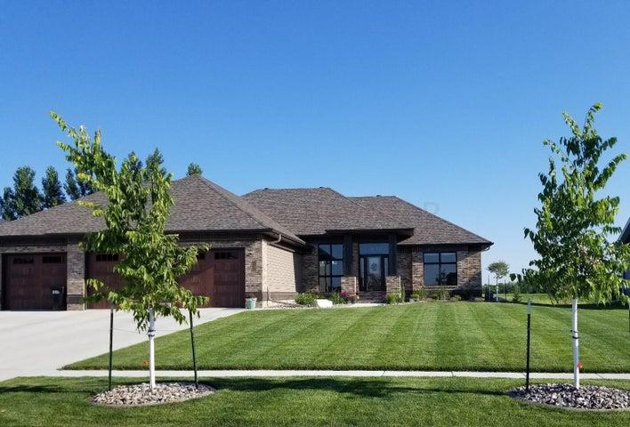 319 50 Place W, West Fargo, ND 58078