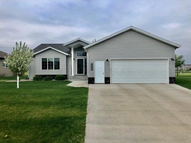 3409 50 Street S, Fargo, ND 58104