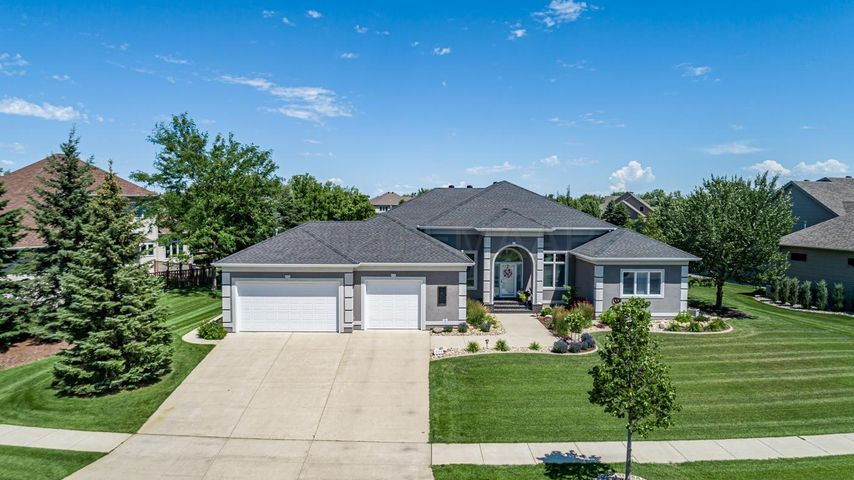 4604 TIMBERLINE Drive S, Fargo, ND 58104