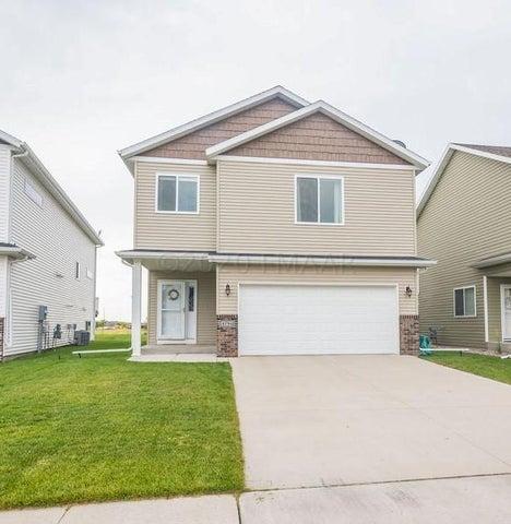 4794 SPENCER Lane S, Fargo, ND 58104