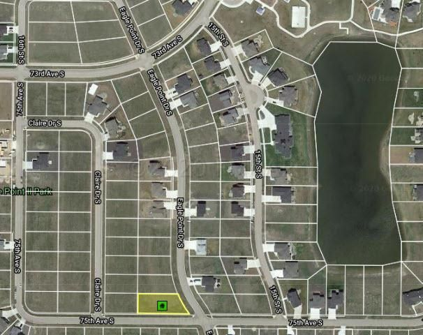 7481 EAGLE POINTE Drive S, Fargo, ND 58104