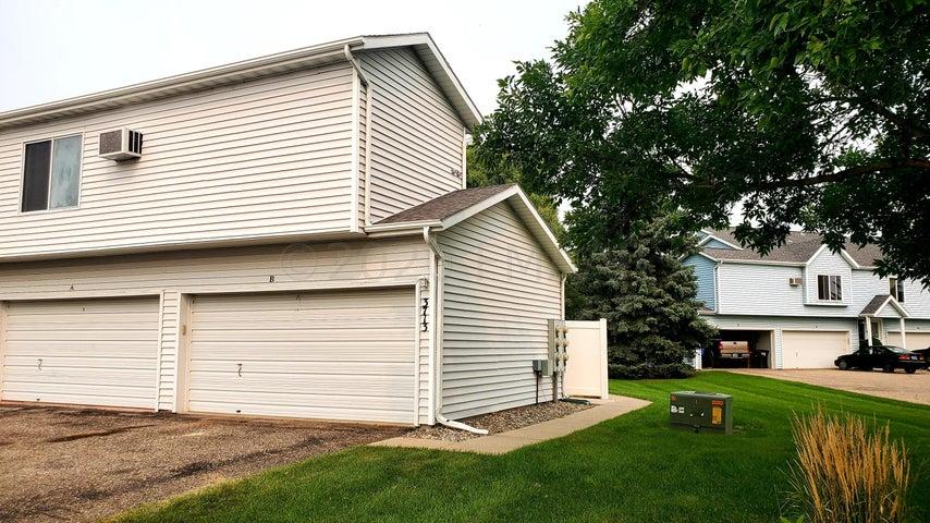 3713 10 Street N, #B, Fargo, ND 58102