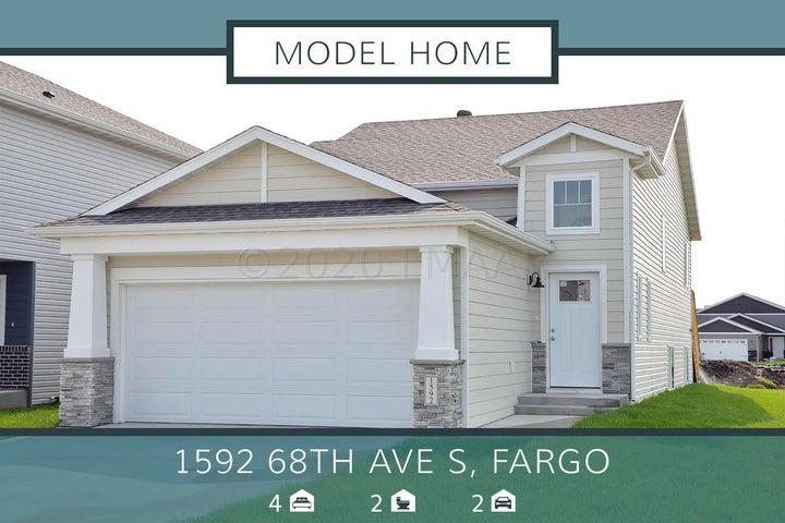 1592 68 Avenue S, Fargo, ND 58104