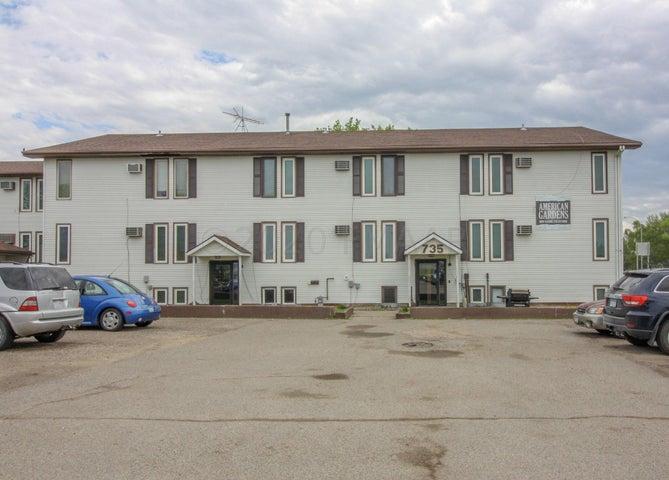 735 CENTER Avenue W, Dilworth, MN 56529