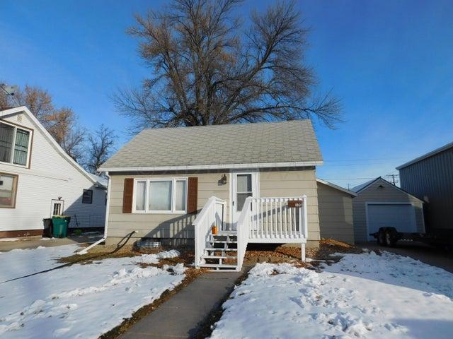 126 1 Avenue E, West Fargo, ND 58078
