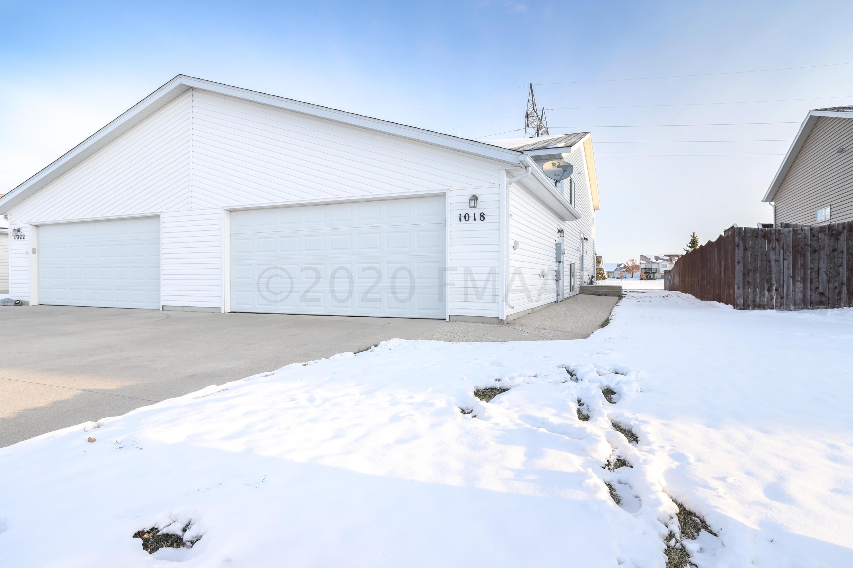 1018 38 1/2 Avenue W, West Fargo, ND 58078