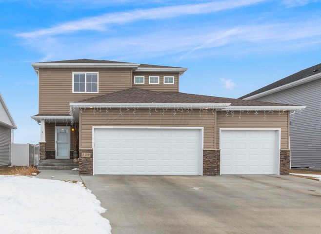 5429 JUSTICE Drive S, Fargo, ND 58104