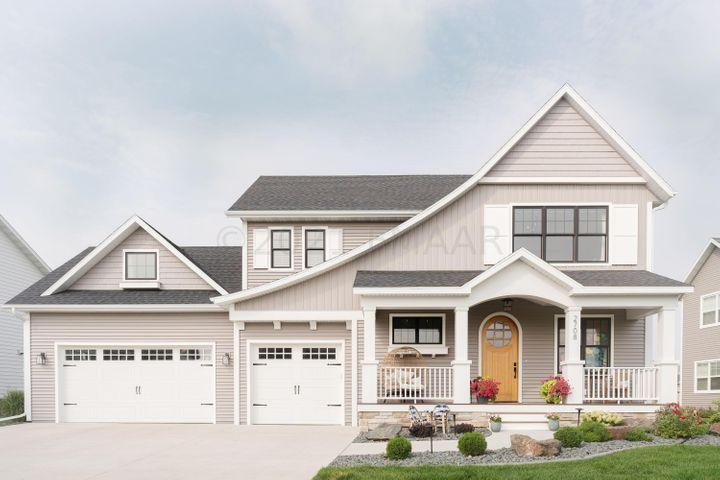 2017 Parade of Homes model by Holly & Co.