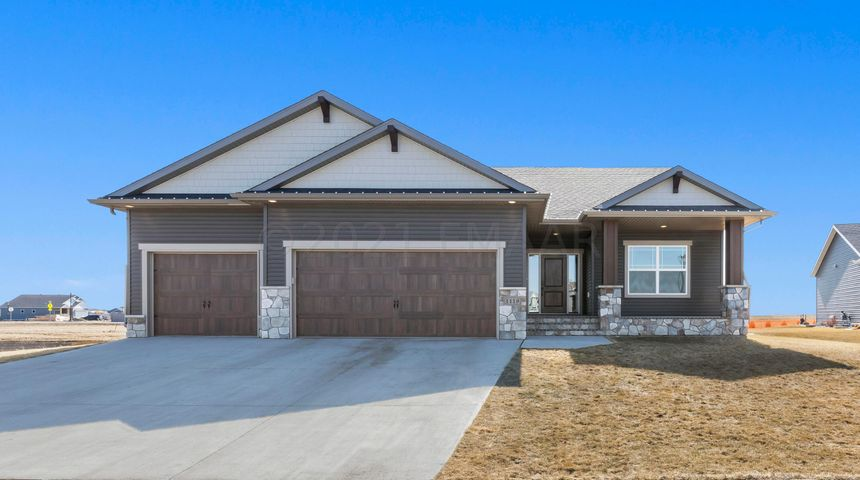 1119 WILDFLOWER Place W, West Fargo, ND 58078