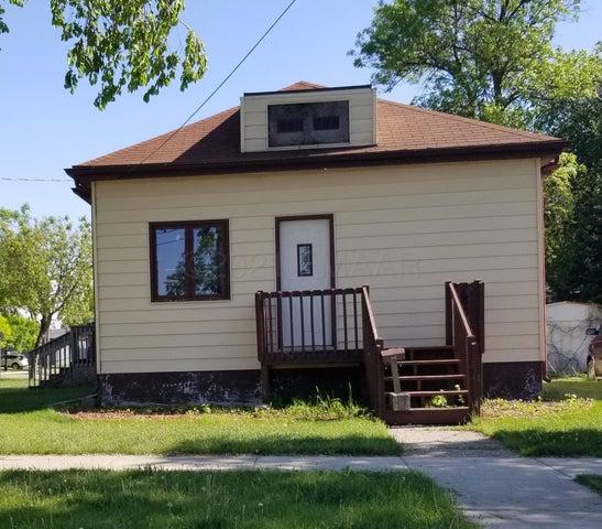 1402 4 Avenue N, Fargo, ND 58102