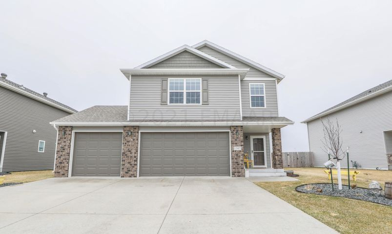 1307 SOUTHWOOD Drive, Dilworth, MN 56529
