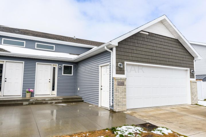 1334 4TH Street NW, West Fargo, ND 58078