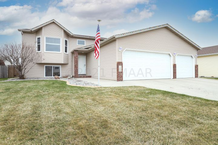 1626 7 Street W, West Fargo, ND 58078