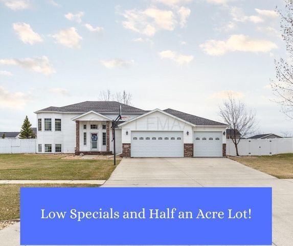 433 PRESCOTT Lane, West Fargo, ND 58078
