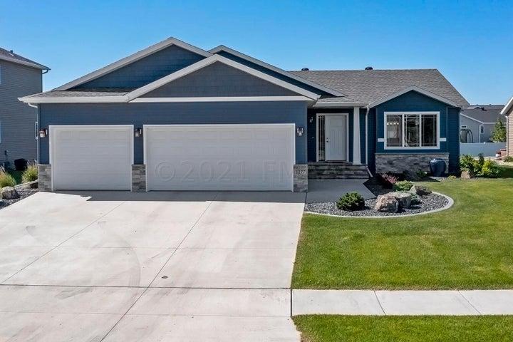 1177 BROOKS Drive W, West Fargo, ND 58078