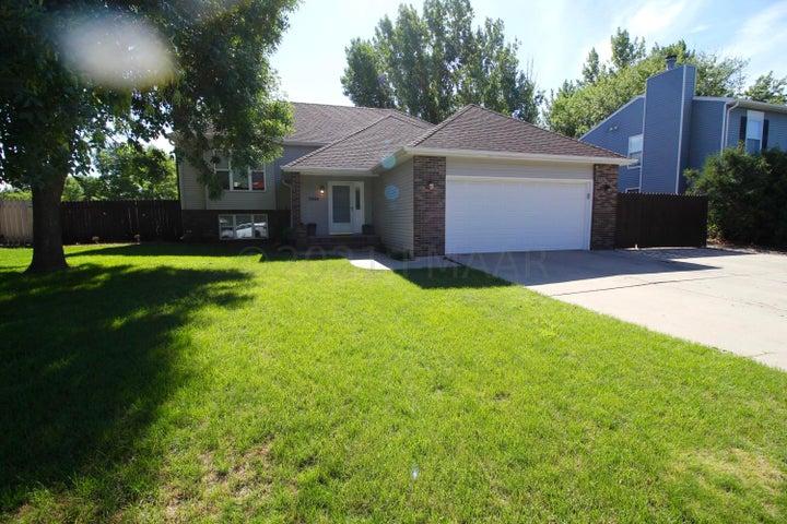 3844 15 Street S, Fargo, ND 58104
