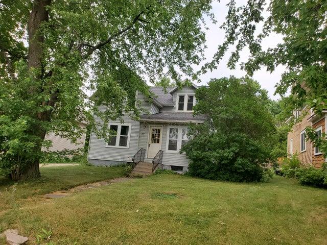 105 HAWLEY Street, Lake Park, MN 56554