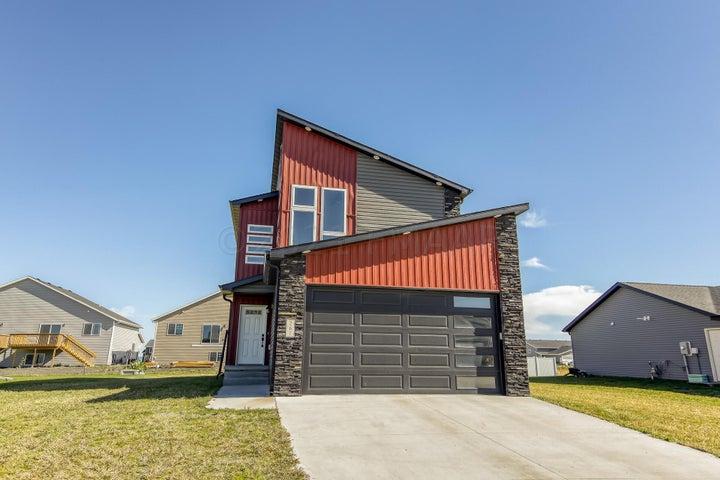 261 REDWOOD Drive, Mapleton, ND 58059
