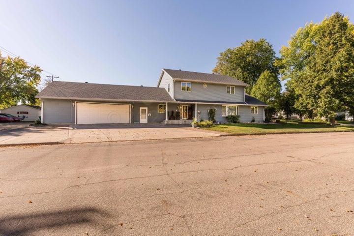 328 12TH Street N, Breckenridge, MN 56520