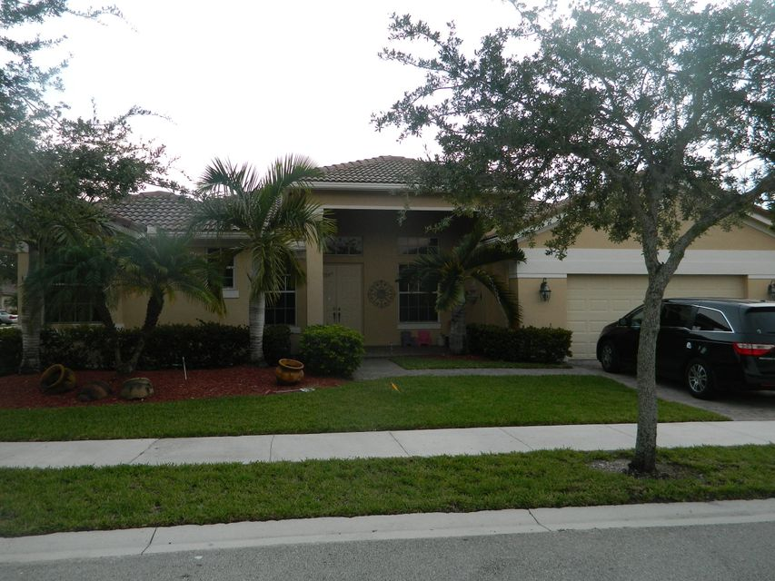 1108 Waterside Circle, Weston, FL 33326