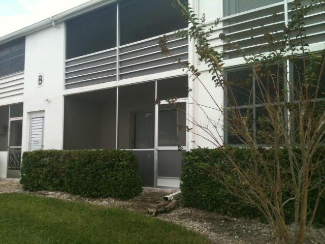 26 Dorchester B, West Palm Beach, FL 33417