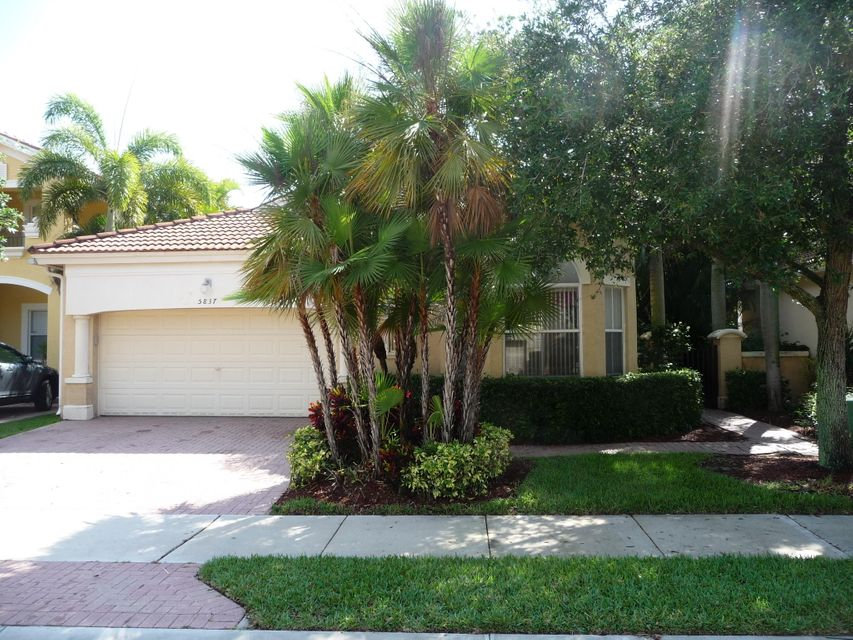 5837 NW 122 Way, Coral Springs, FL 33076