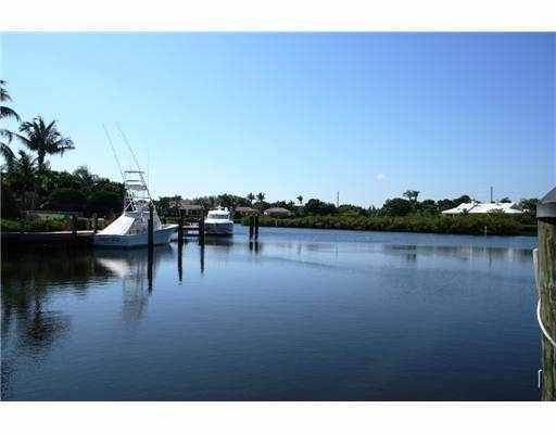 187 Regatta Drive, Jupiter, Florida 33477, 3 Bedrooms Bedrooms, ,3.1 BathroomsBathrooms,Single Family,For Sale,ADMIRALS COVE,Regatta,RX-10052541