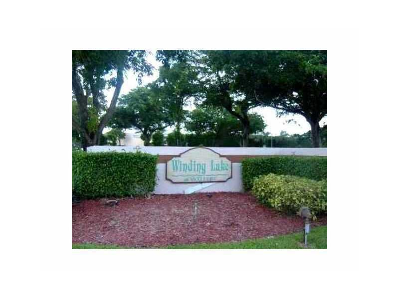 10047 Winding Lake Road 202, Sunrise, FL 33351