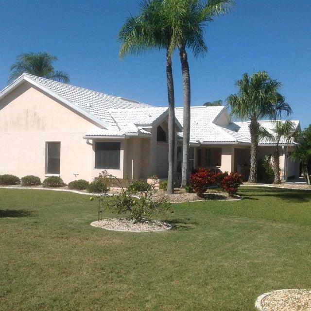 2004 Berry Roberts Drive, Sun City Center, FL 33573
