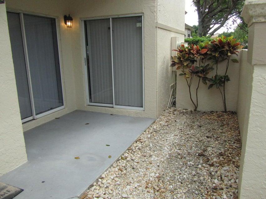 6653 Via Regina Boca Raton, FL 33433