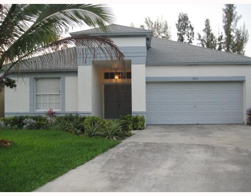 5291 Fox Trace, West Palm Beach, FL 33417