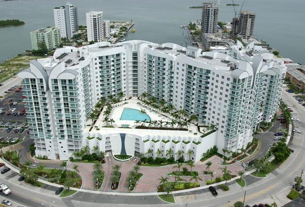 7900 Harbor Island Drive Ph17, Miami Beach, FL 33141