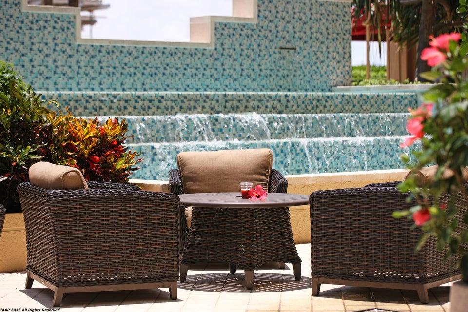 Resort Singer Pool Side AAP 2016