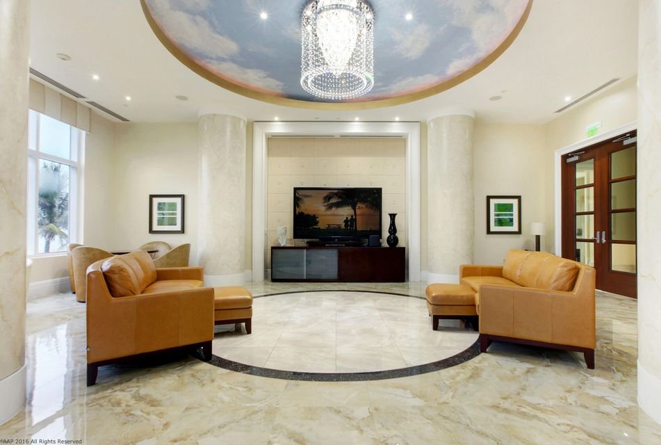 Resort Singer TV Room AAP 2016
