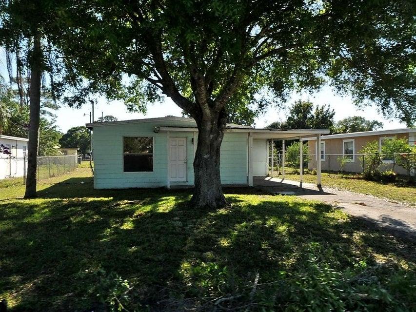 2905 Dunbar Street, Fort Pierce, FL 34946