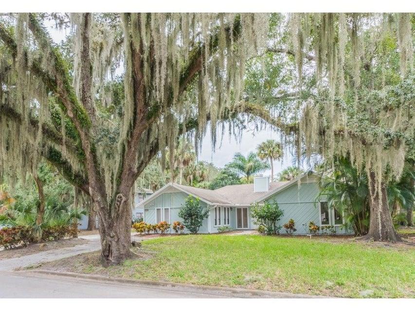 2605 Whippoorwill Lane, Vero Beach, FL 32960