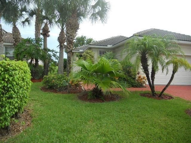 821 NW Rutherford Court, Port Saint Lucie, FL 34983